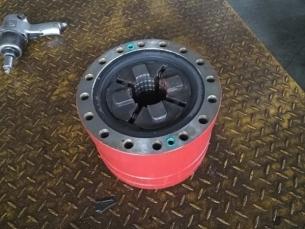 钻机配件液压卡盘